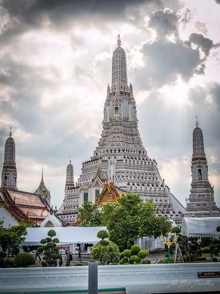 wise-travellers-wat-arun