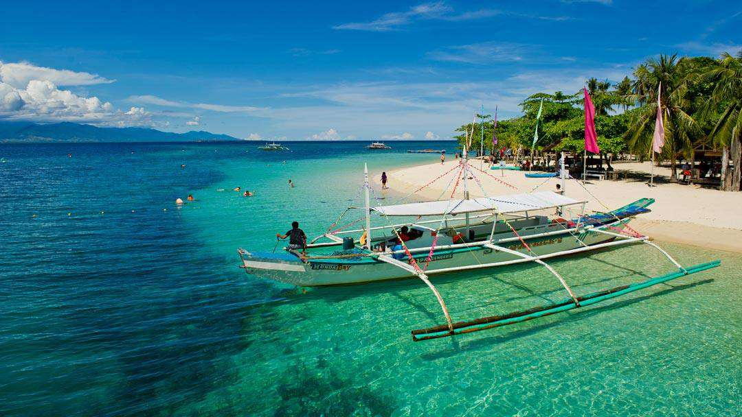 must-do-things-in-Palawan-Honda-Bay