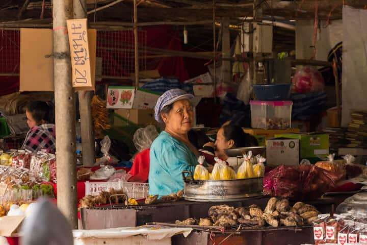 day trip from chiang mai local market