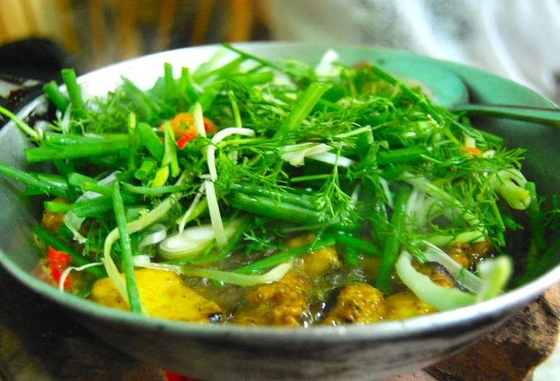 Best Dishes to Eat in Vietnam 3 cha ca la vong