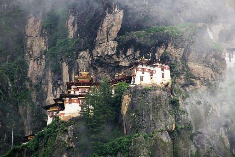 eco-friendly-destinations-bhutan
