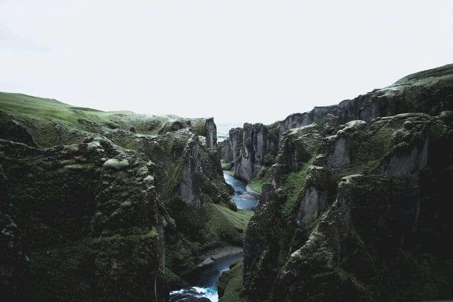 eco-friendly-destinations-iceland