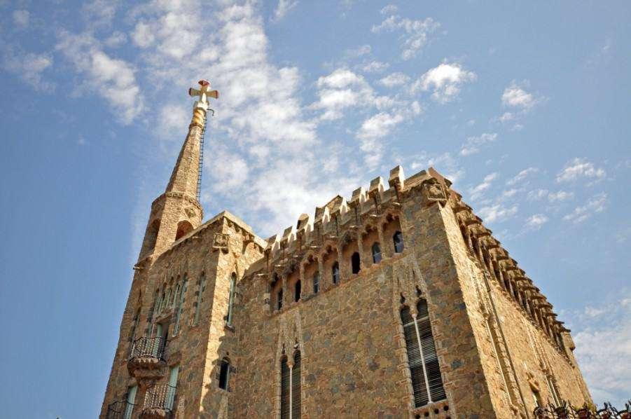 Must-See-Gaudí-Buildings-in-Barcelona_Bellesguard