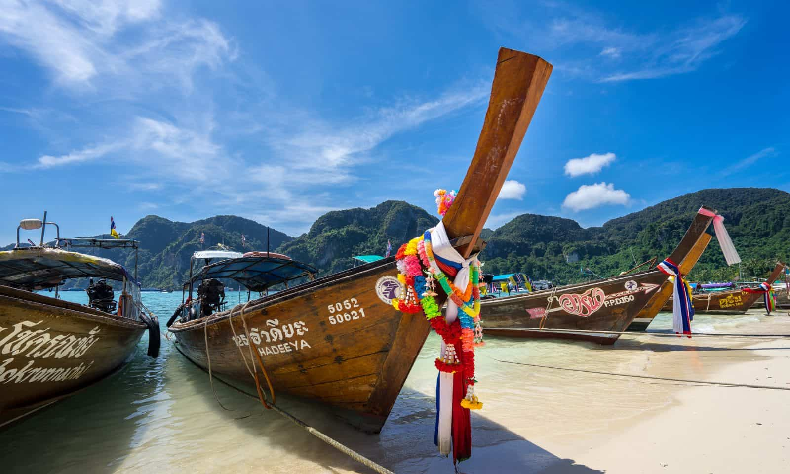 thailand-travel-guide-longtail-boat