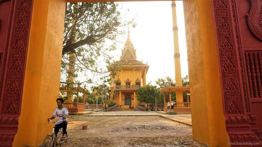 places to visit in cambodia-silk island