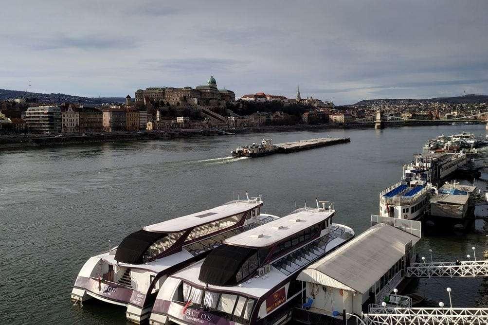 O que visitar em Budapeste - Danube river cruise