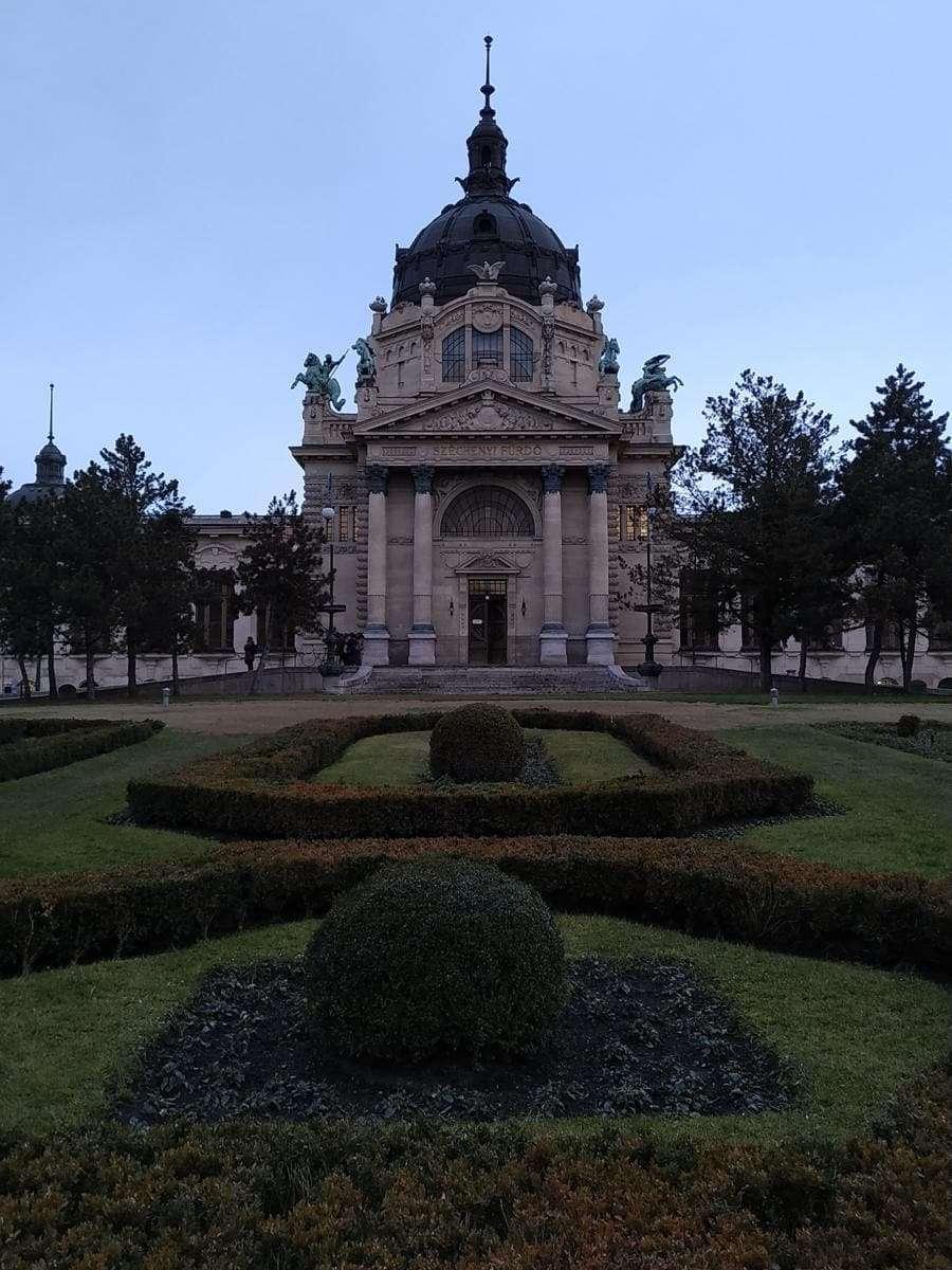o que visitar em Budapeste - Szechenyi baths