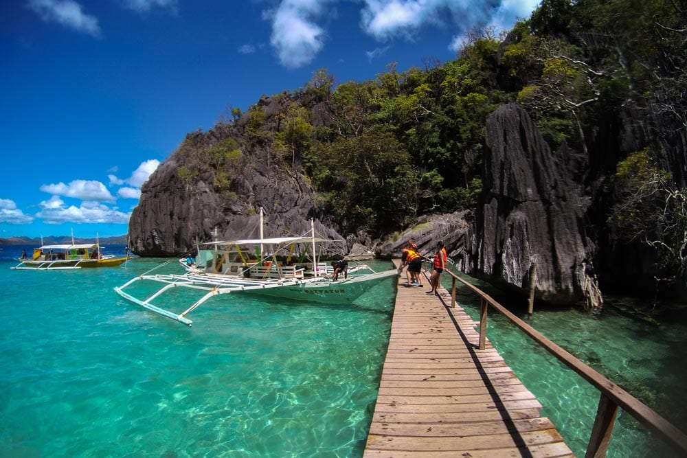 philippines-travel-itinerary-barracuda-lake