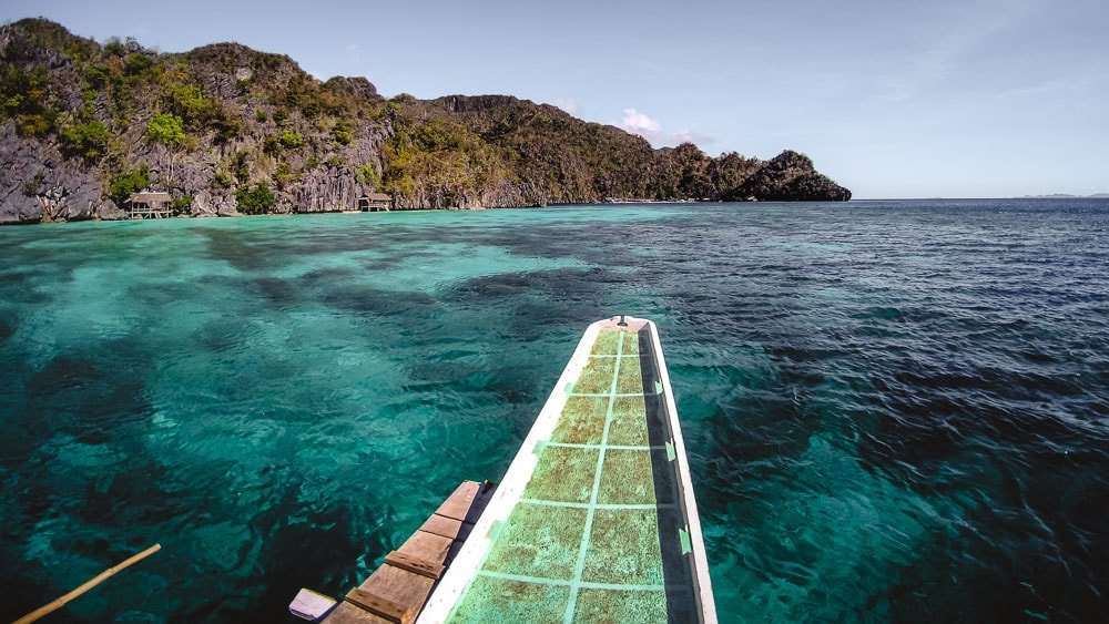 philippines-travel-itinerary-boat