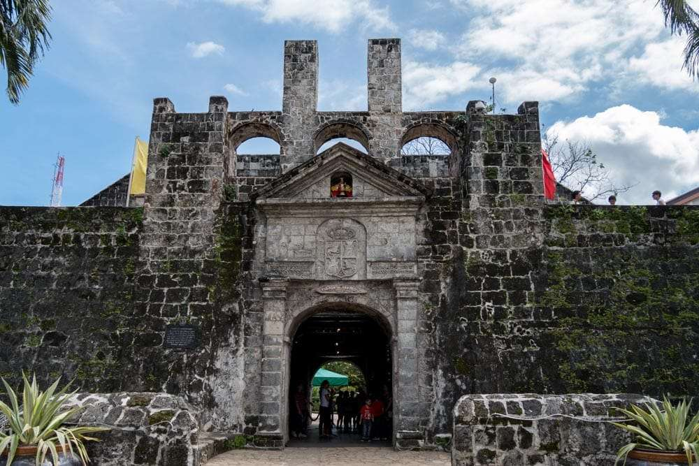 philippines-travel-itinerary-church